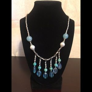 Jewelry - Pearly blue beaded icicle drop necklace handmade